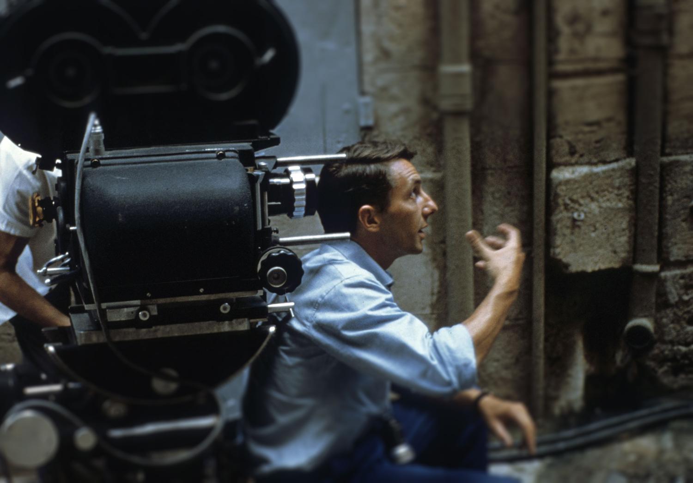 Philippe de Broca sur le tournage du film Cartouche (Photographie de Henri Lanoe)
